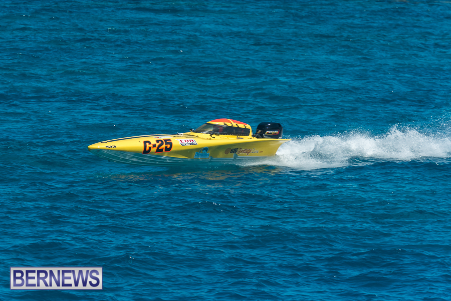 2021-Bermuda-Around-the-Island-power-boat-race-JM-93
