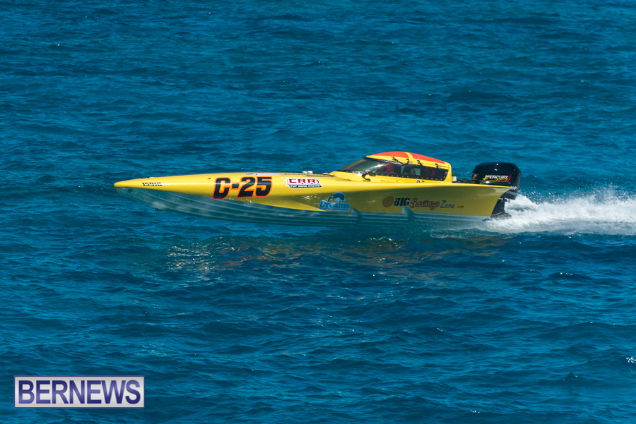 2021-Bermuda-Around-the-Island-power-boat-race-JM-94