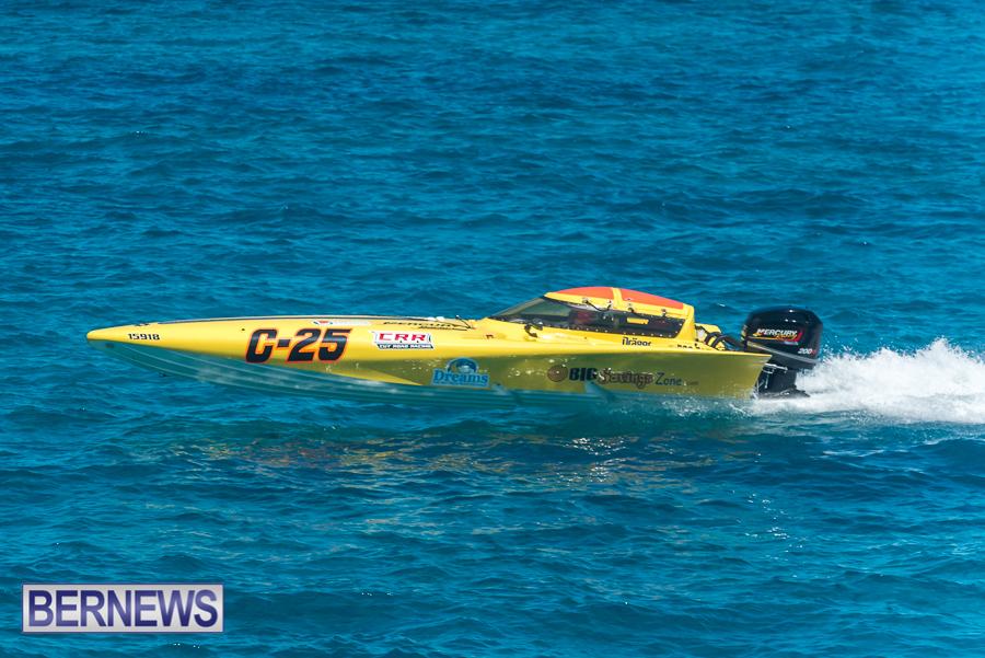 2021-Bermuda-Around-the-Island-power-boat-race-JM-96