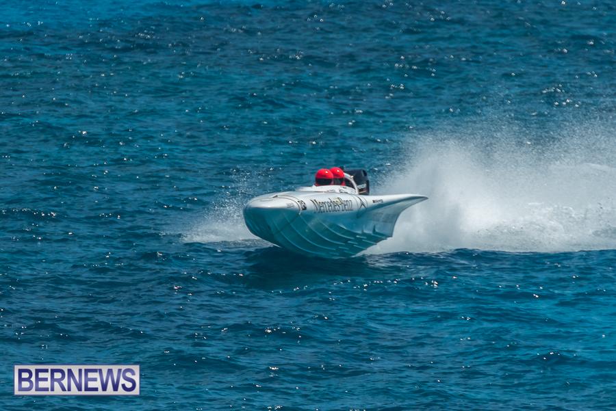 2021-Bermuda-Around-the-Island-power-boat-race-JM-98