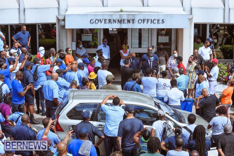 BIU Union gather and march Aug 30 2021 Bermuda Bernews AW (32)