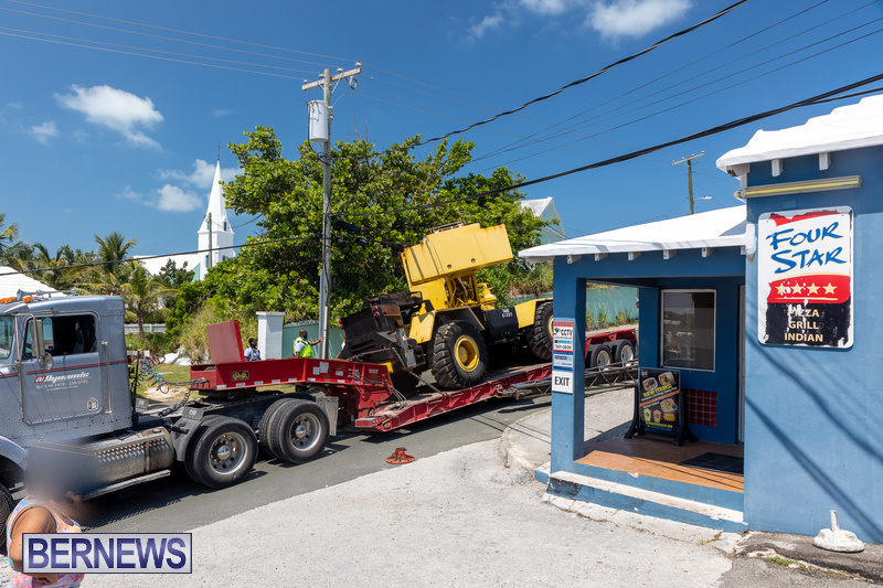 Crane-Crashes-Bermuda-Aug-2021-1 final