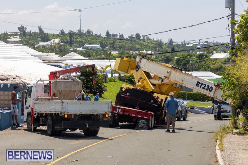 Crane Crashes Bermuda Aug 2021 7