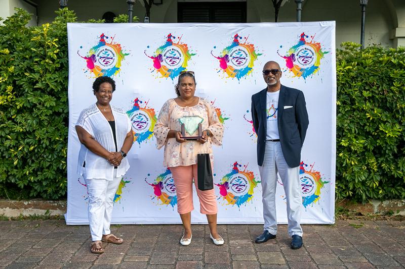 Mirrors Honours Volunteers & Service Partners Bermuda Aug 2021 2