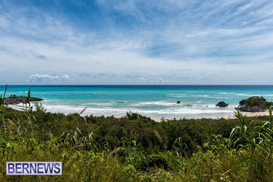 486 - High tide on a beautiful Bermuda day at Horseshoe Bay beach