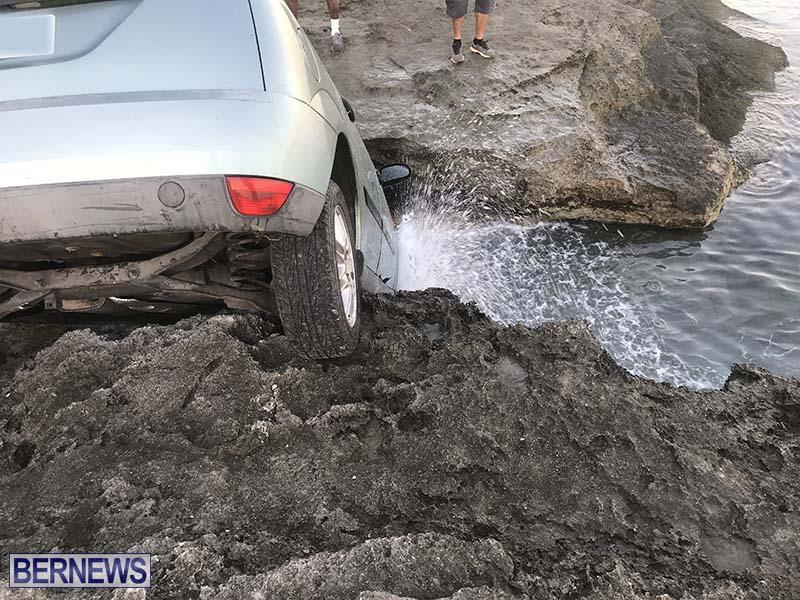 Car Overboard In North Shore Bermuda Oct 2021 10