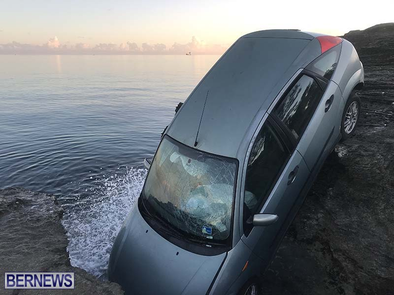 Car Overboard In North Shore Bermuda Oct 2021 1