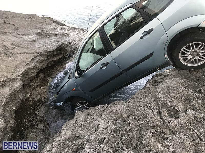 Car Overboard In North Shore Bermuda Oct 2021 3