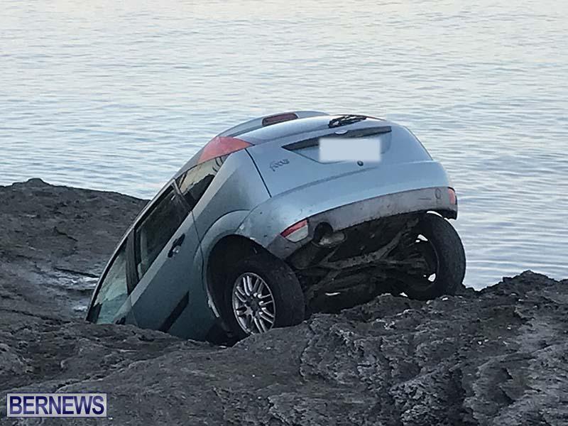 Car Overboard In North Shore Bermuda Oct 2021 6