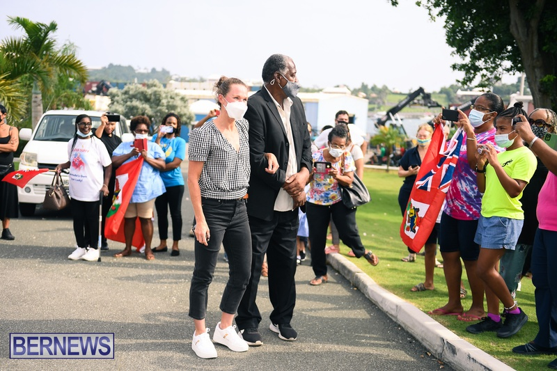 Flora Duffy Clarence Hill Olympic medalists Bermuda 2021 (5)
