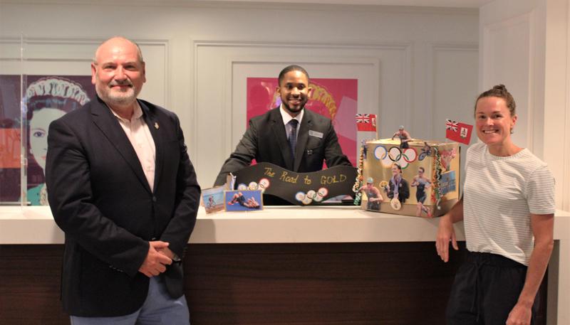 Hamilton Princess Unveils Duffy Mailbox Bermuda Oct 2021 (1)