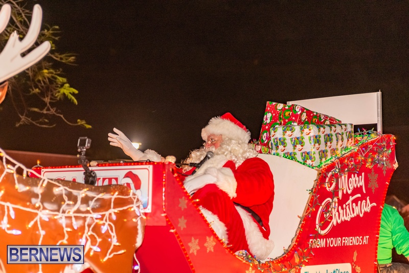 2020 Bermuda Christmas Parade Marketplace JS (20)