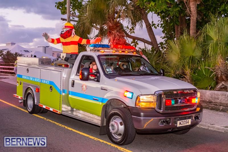 2020 Bermuda Christmas Parade Marketplace JS (6)