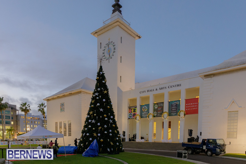 Bermuda City Hall tree lighting November 2020 (8)