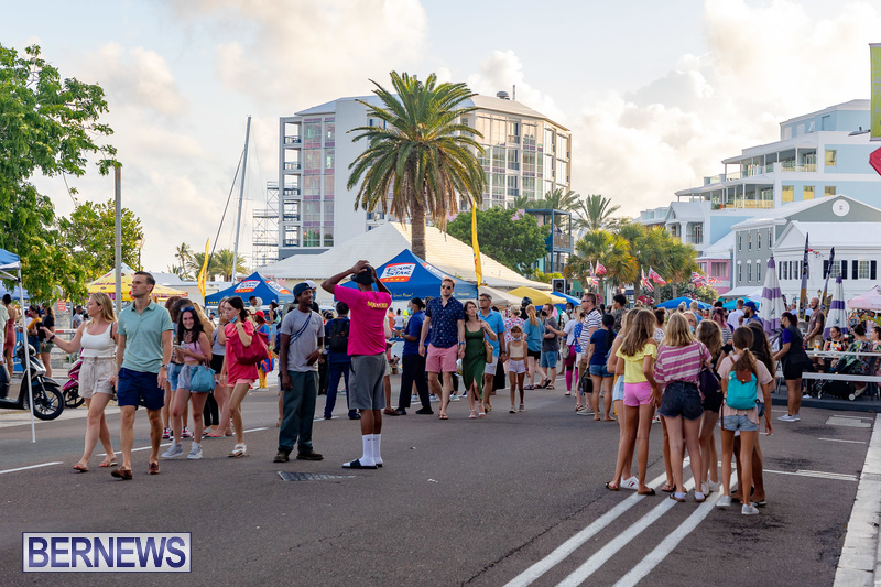 2021 Bermuda Harbour Nights July 21 DF Front Street Hamilton shopping (34)