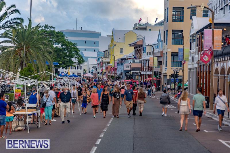 2021 Bermuda Harbour Nights July 21 DF Front Street Hamilton shopping (38)