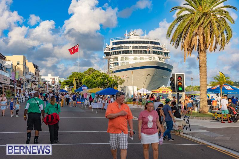 2021 Bermuda Harbour Nights July 21 DF Front Street Hamilton shopping (8)