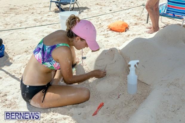 2010 Bermuda Sandcastle Contest Sept 21 Bernews DF (16)