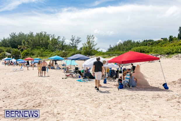 2010 Bermuda Sandcastle Contest Sept 21 Bernews DF (23)