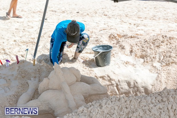 2010 Bermuda Sandcastle Contest Sept 21 Bernews DF (34)