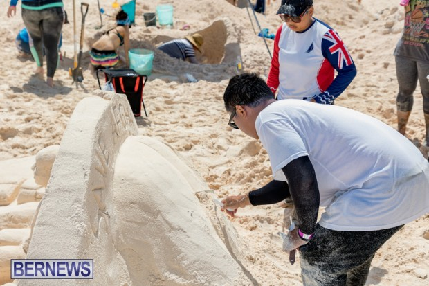 2010 Bermuda Sandcastle Contest Sept 21 Bernews DF (38)