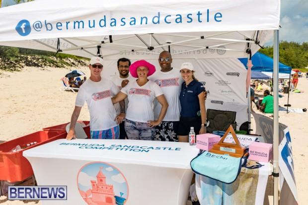 2010 Bermuda Sandcastle Contest Sept 21 Bernews DF (4)