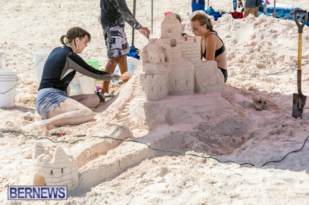 2010 Bermuda Sandcastle Contest Sept 21 Bernews DF (46)
