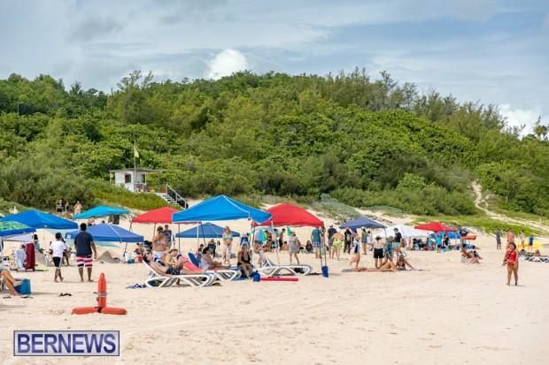 2010 Bermuda Sandcastle Contest Sept 21 Bernews DF (51)