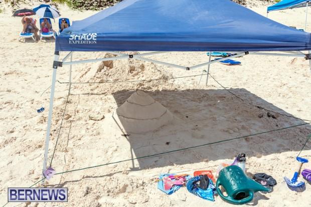 2010 Bermuda Sandcastle Contest Sept 21 Bernews DF (8)